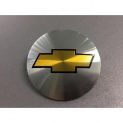 Наклейка Chevrolet D56 мм алюминий (Золотистый с черной окантовкой логотип на серебристом фоне)
